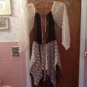 Medieval pirate dress costume
